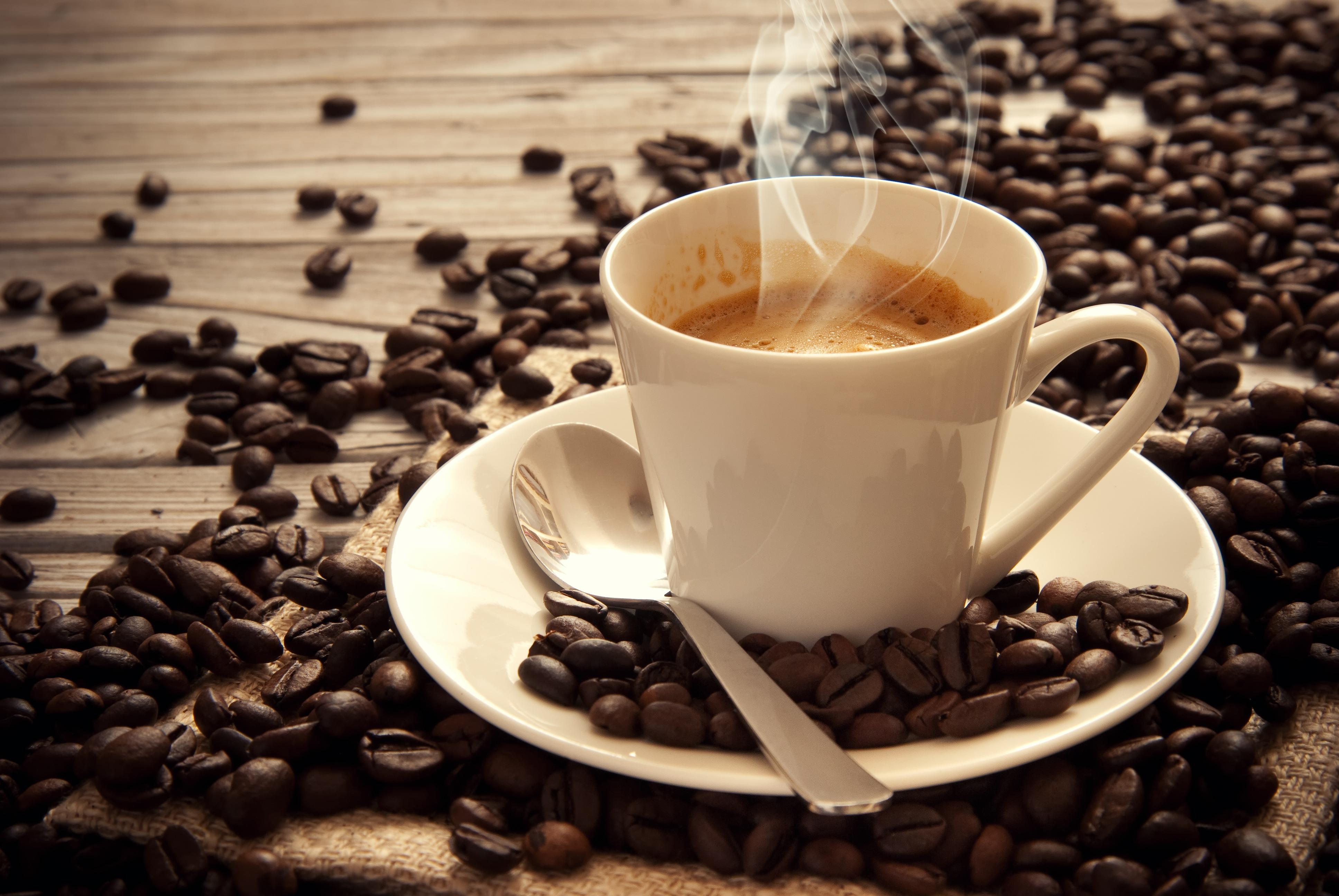 Bere caffè riduce il rischio di sviluppare un melanoma